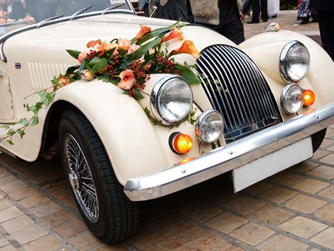 Їдемо красиво: прикрашаємо авто на весілля