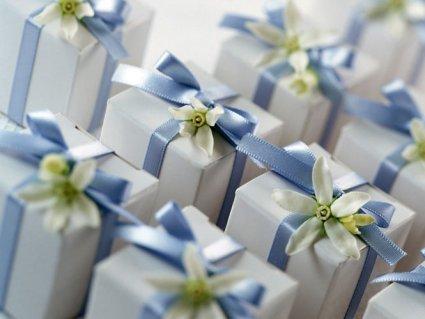 Весільні подарунки гостям