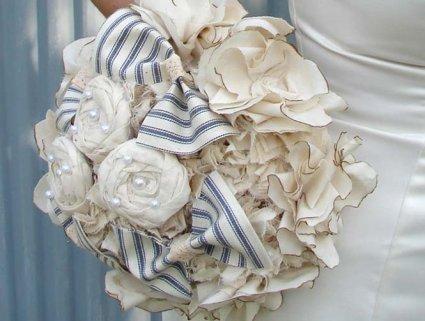 Оригінальний букет нареченої