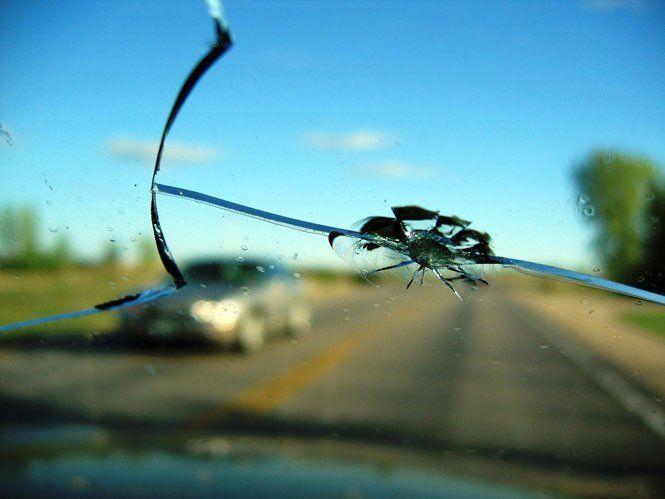 Ремонт тріщин на лобовому склі автомобіля