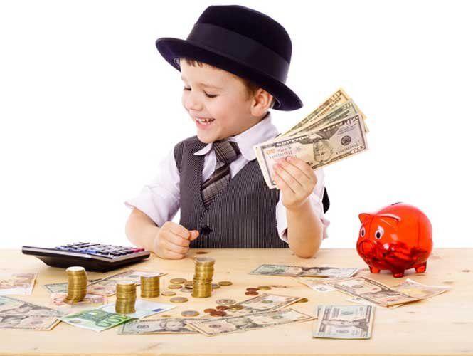 Вчимо дітей поводитися з грошима