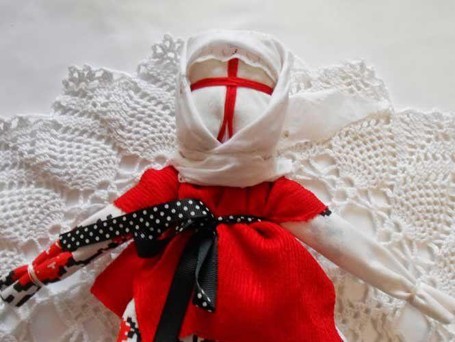 Робимо ляльку-мотанку