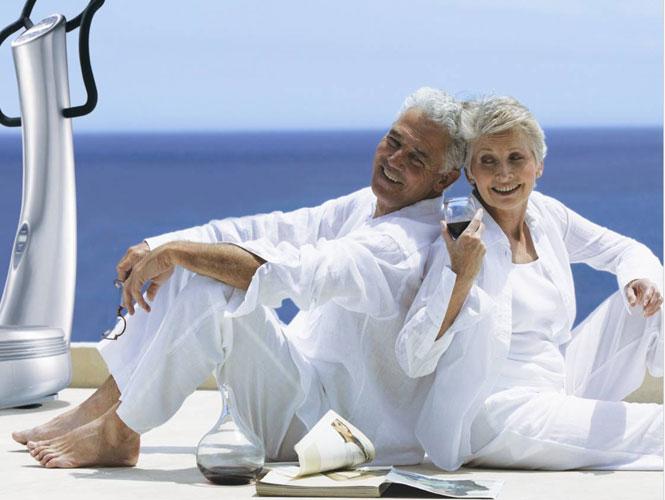Відкладати гроші на старість треба замолоду