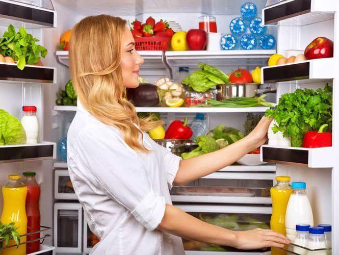 Які продукти не варто зберігати в холодильнику?