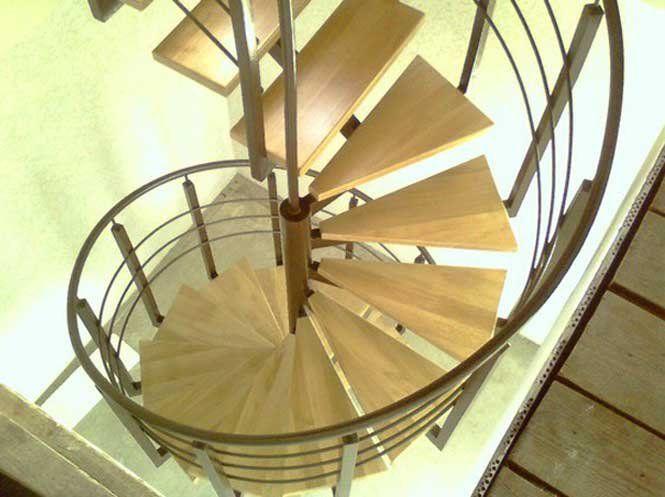 Гвинтові сходи: дерев'яні або металеві