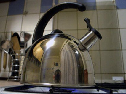 Як усунути накип в чайнику