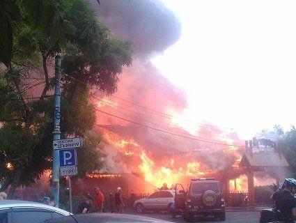 Масштабна пожежа в Одесі: на одному з пляжів згорів ресторан