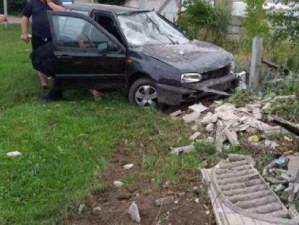 У Нововолинську п'яний водій влетів у паркан
