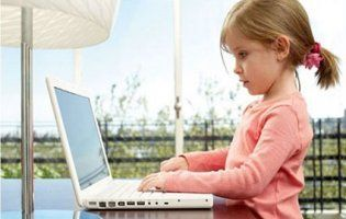 Як навчити дитину користуватися комп'ютером