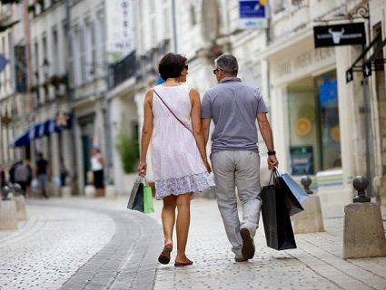 У Франції робіть покупки  по-французьки