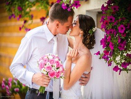 Оригінальна весільна фотосесія. Де можна фотографувати весілля?