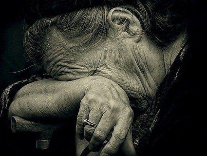 Чоловік пограбував стареньку під приводом пожертвувань на храм