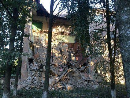 У Любешові обвалилася стіна місцевого коледжу