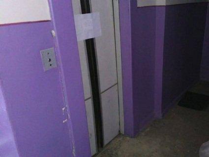 Сусіди загиблої у ліфті жінки розповіли подробиці трагедії