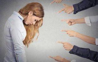 Чому мене ненавидять на роботі? 7 звичок, які можуть зруйнувати стосунки з колегами