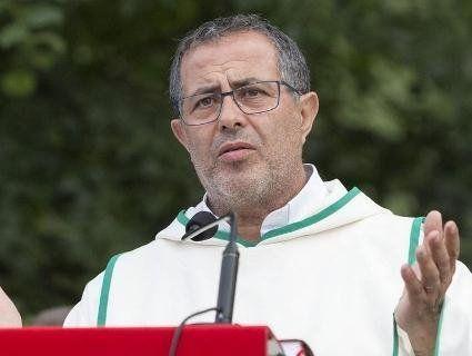У монаха-стигмата відкриваються і кровоточать рани, як у Христа