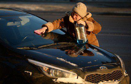 Топ-5 лайфхаків по догляду за автомобілем взимку