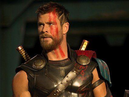 Фільм «Тор 3: Раґнарок». Мйольнір знищено, безокий Тор та справжній первісток Одіна