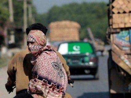 Пакистанку голою прогнали селом за проступок брата