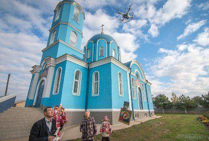 На Одещині вже не хресний хід, а «хресний політ»