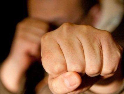 На Одещині рецидивіст побив поліцейського, який його посадив