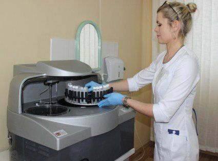 Луцька полікніка отримала сучасне обладнання з-за кордону