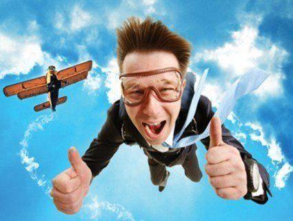 9 цікавих фактів, які потрібно знати про стрибки з парашутом