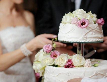 Всі секрети весільного торта