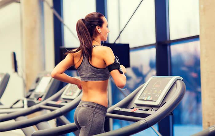 Хочете залишатися здоровими? Лікарі рекомендують ходьбу