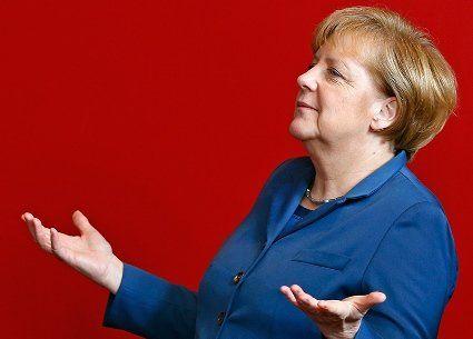 Меркель прискорює свій політичний захід