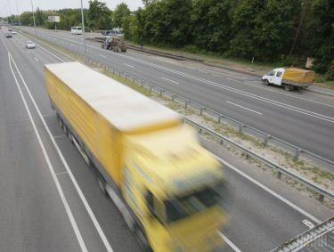Рух вантажівок потребує більшої уваги, ніж пасажирський – Волинська митниця