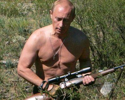 Російські ЗМІ поширили фейк, що в Британії розкупили календарі з Путіним