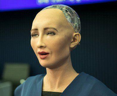 Перший у світі робот-громадянин вирішила створити сім'ю