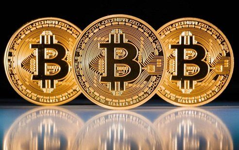 Вартість Bitcoin перевищила 9 тис. доларів.