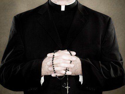 Священик ґвалтував дівчаток у кочегарці