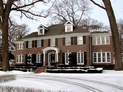 Дім з історією: цікаві факти про маєток з фільму «Сам удома» (відео)