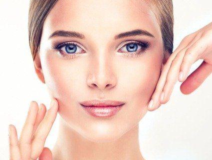 Хімічний пілінг та мезотерапія – вітамінний бум для вашого обличчя