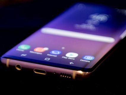 Експерти назвали «еталонний» смартфон року