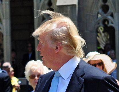 Розкрили таємницю зачіски Трампа