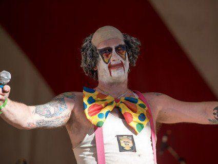 Клоун - металіст привіз до Японії кокаїну на $7 млн
