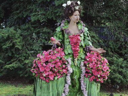 Одяг з квітів і фруктів зробить революцію в модній індустрії