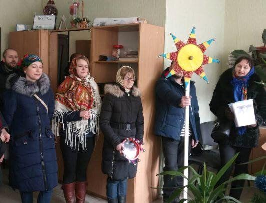 Волинські журналісти з колядками та віншуваннями завітали в нашу редакцію