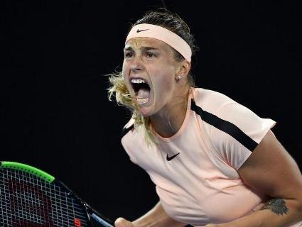 «Ахи-охи»: вболівальники задражнили тенісистку, яка стогнала на корті (відео)