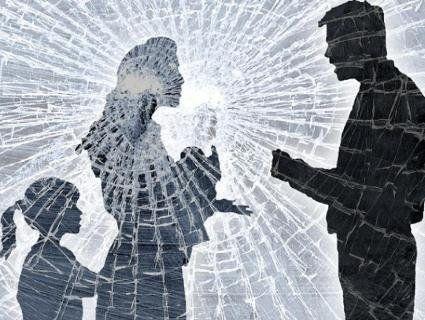 З'явився закон щодо знущань над жінками та дітьми