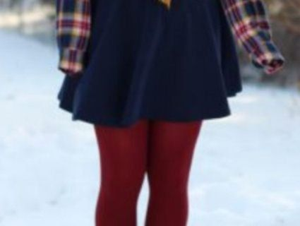 Жертва моди: дівчина обморозила ноги через міні-спідницю