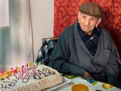 Найстаріший чоловік у світі помер у віці 113 років
