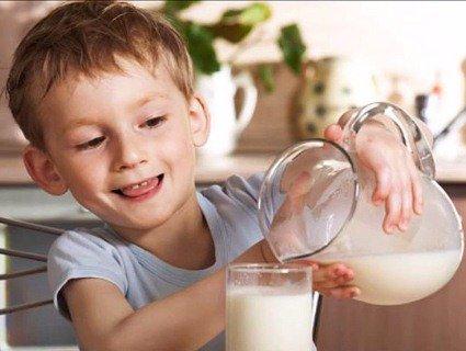 Молоко поширює інфекції