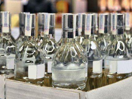 У Луцьку викрили масове виробництво сурогатного алкоголю