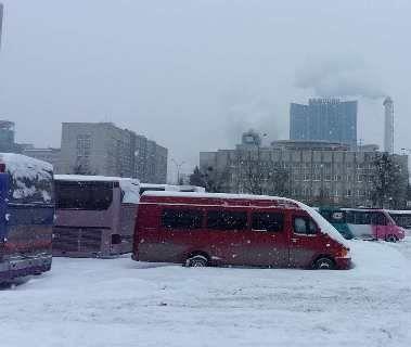 Київ у сніговій пастці (фоторепортаж)