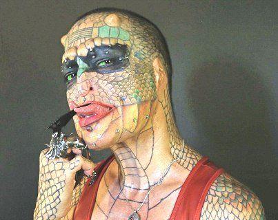 Хвора на ВІЛ перетворилася в жінку-дракона